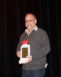 Bob Lingerfelt accepts 2019 IMAA President's Award